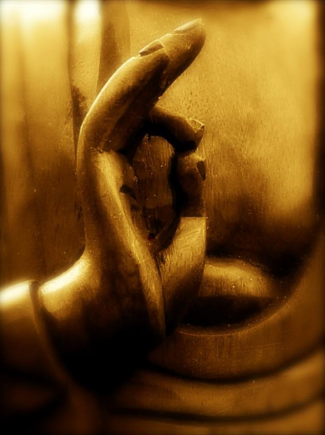 Detailfoto von der Buddha Figur im SARANA Dhamma-Treffpunkt Bad Pyrmont.
